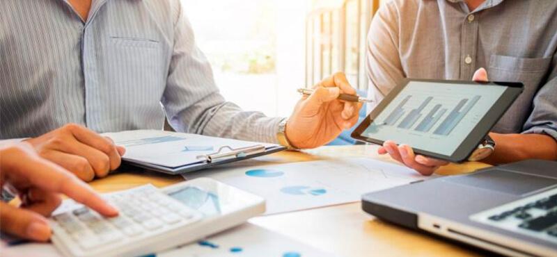 Business Analytics x Business Inteligence